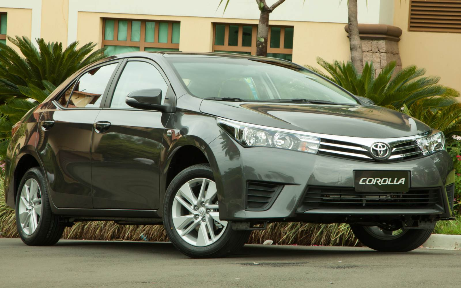 toyota corolla gli 2018 price in pakistan colors specifications new model pictures. Black Bedroom Furniture Sets. Home Design Ideas